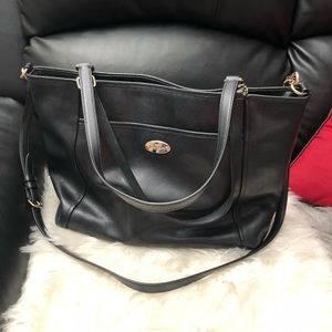 COACH LARGE LEATHER TOTE BAG F34497